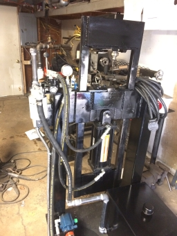 hydraulic hoses and fluid res installed