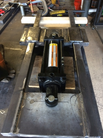 test fit hydraulic cylinder